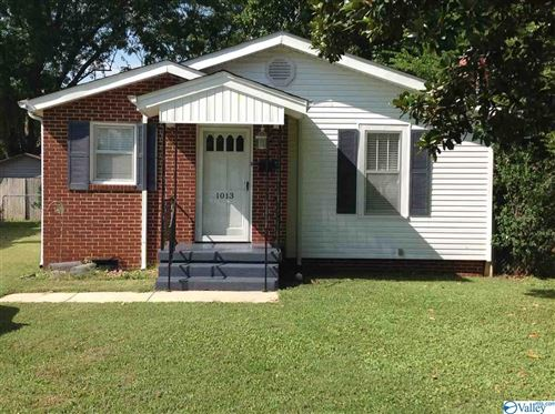Photo of 1013 MCCULLOUGH AVENUE, HUNTSVILLE, AL 35801 (MLS # 1153076)