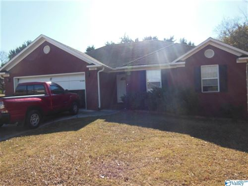 Photo of 114 TURTLE POINT, NEW MARKET, AL 35761 (MLS # 1153151)