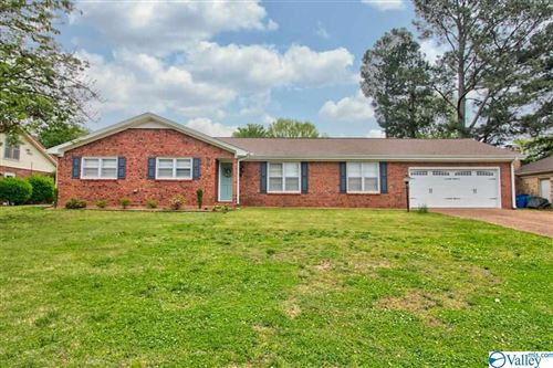 Photo of 2520 CHICKASAW DRIVE, FLORENCE, AL 35630 (MLS # 1142158)