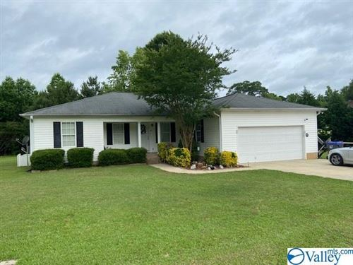 Photo of 217 MOUNTAIN LAKE CIRCLE, RAINBOW CITY, AL 35906 (MLS # 1138174)