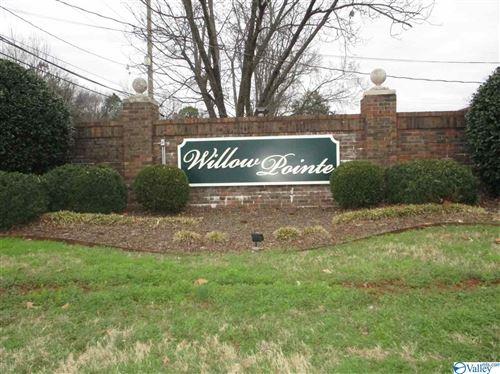 Photo of 6634 WILLOW POINTE DRIVE, HUNTSVILLE, AL 35806 (MLS # 1135176)