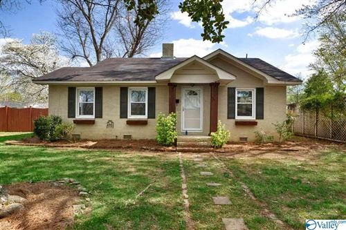 Photo of 301 Sunset Avenue SW, Huntsville, AL 35801 (MLS # 1778181)