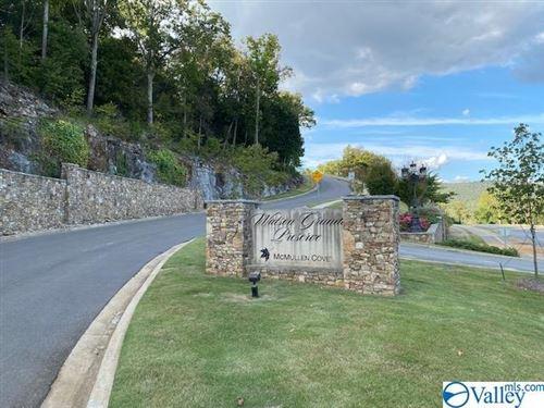 Photo of 20 Watson Grande Way SE, Owens Cross Roads, AL 35763 (MLS # 1793191)
