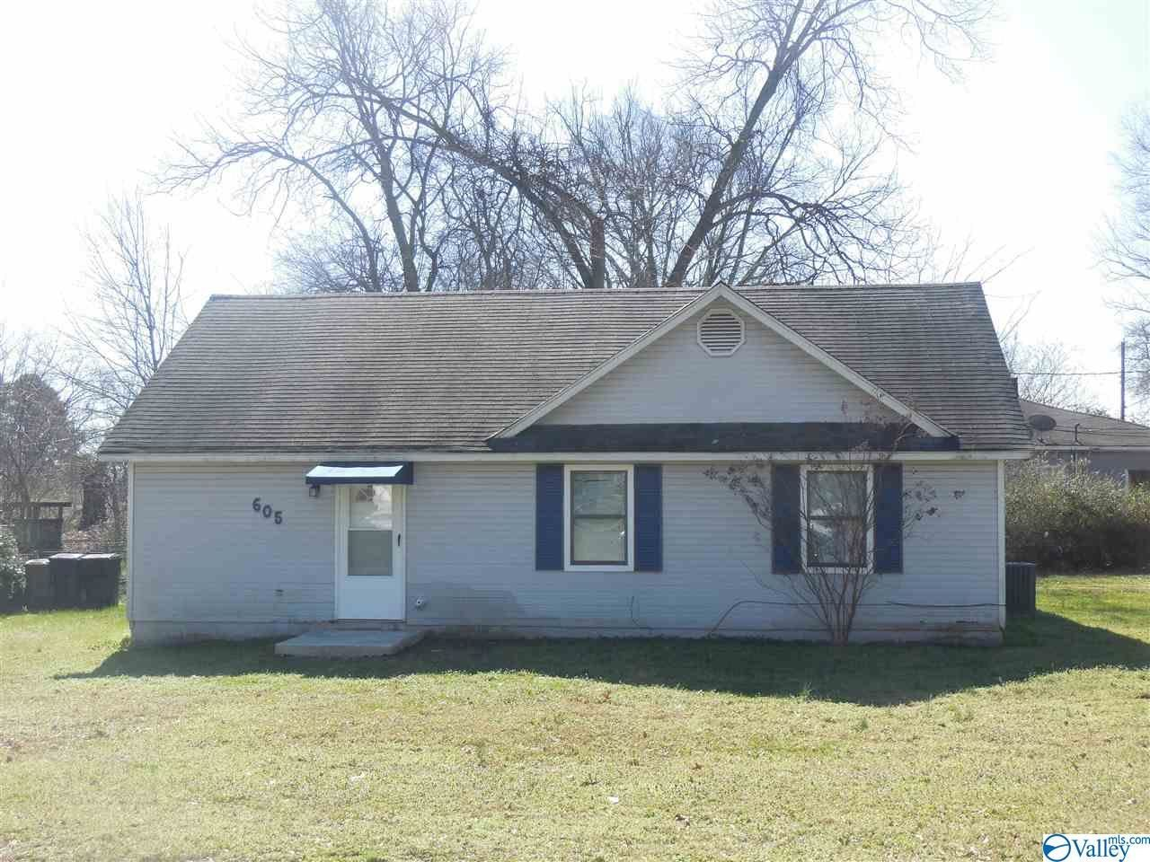 605 BRADLEY STREET, Decatur, AL 35601 - #: 1137215