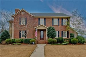 Photo of 2708 SE KENTSHIRE CIRCLE SE, HAMPTON COVE, AL 35763 (MLS # 1113285)