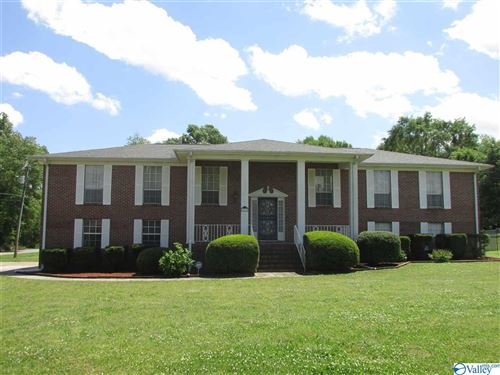 Photo of 203 MOUNTAIN LAKE CIRCLE, RAINBOW CITY, AL 35906 (MLS # 1143288)