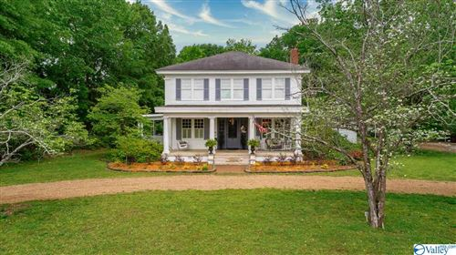 Photo of 405 COLLEGE AVENUE, SCOTTSBORO, AL 35768 (MLS # 1142313)