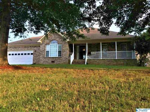 Photo of 108 BEAN DRIVE, HAZEL GREEN, AL 35750 (MLS # 1153316)