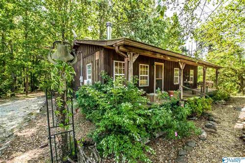 Photo of 500 COUNTY ROAD 761, CEDAR BLUFF, AL 35959 (MLS # 1144325)