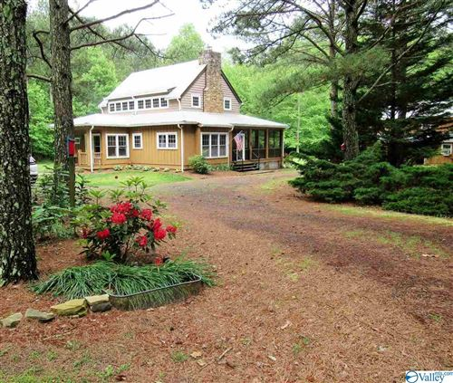 Photo of 4090 COUNTY ROAD 166, FORT PAYNE, AL 35967 (MLS # 1144333)