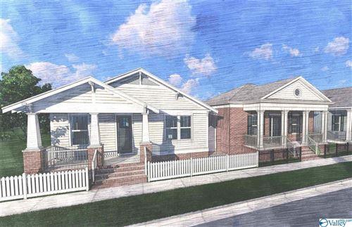 Photo of 32 Stone Mason Way NW, Huntsville, AL 35806 (MLS # 1777335)