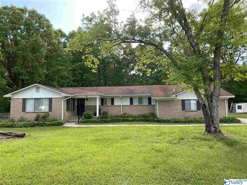 Photo of 304 WALDROP ROAD, RAINBOW CITY, AL 35906 (MLS # 1142338)