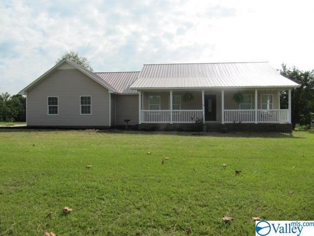 202 COMMUNITY HOUSE ROAD, Guntersville, AL 35976 - #: 1138344