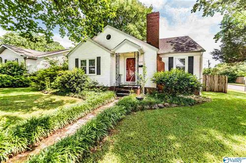 Photo of 419 RHETT AVENUE, HUNTSVILLE, AL 35801 (MLS # 1144364)