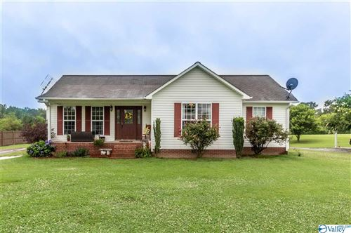 Photo of 1620 COUNTY ROAD 1693, HOLLY POND, AL 35055 (MLS # 1147364)