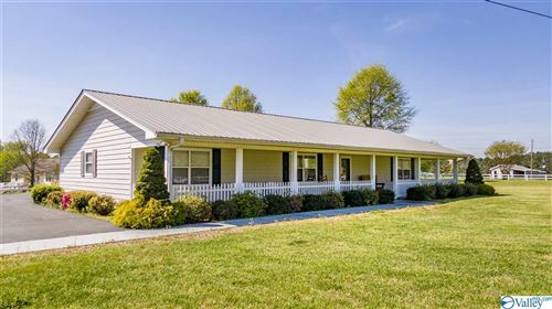 Photo of 2643 COUNTY ROAD 94, RAINSVILLE, AL 35986 (MLS # 1141374)