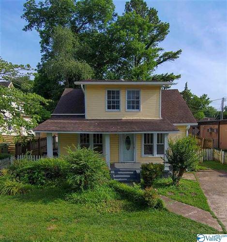 Photo of 902 Wellman Avenue NE, Huntsville, AL 35801 (MLS # 1784386)