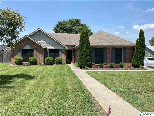 Photo of 1401 LAKE CREST DRIVE, DECATUR, AL 35603 (MLS # 1147388)