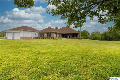 Photo of 2777 READY SECTION ROAD, TONEY, AL 35773 (MLS # 1142396)