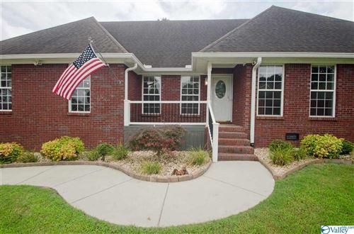 Photo of 218 Pebblestone Drive, Huntsville, AL 35806 (MLS # 1785397)