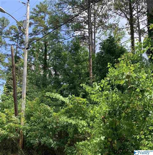 Photo of LOT 9 FLOYD CIRCLE, SCOTTSBORO, AL 35749 (MLS # 1124459)