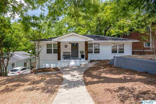 Photo of 1611 WELLS AVENUE, HUNTSVILLE, AL 35801 (MLS # 1145513)