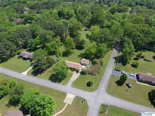 Photo of 5000 Fallbrook Circle, Huntsville, AL 35811 (MLS # 1779540)