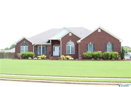 Photo of 135 Kimberly Lou Blvd, Huntsville, AL 35811 (MLS # 1786568)