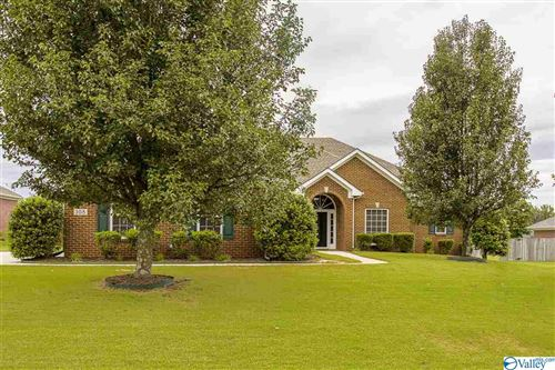 Photo of 108 MOUNT LAUREL CIRCLE, NEW MARKET, AL 35761 (MLS # 1152601)
