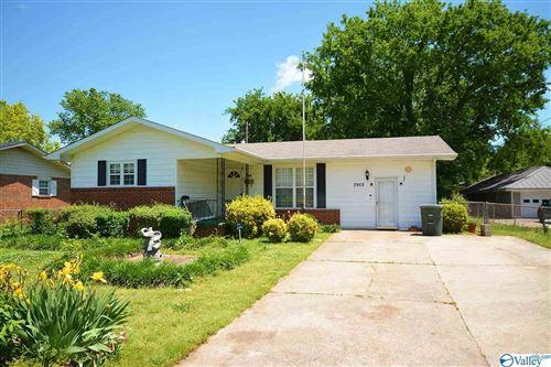 Photo of 3905 Wilks Place, Huntsville, AL 35805 (MLS # 1780604)