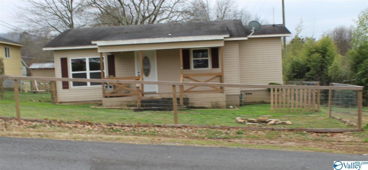 700-A TYLER AVENUE, Fort Payne, AL 35967 - #: 1136616