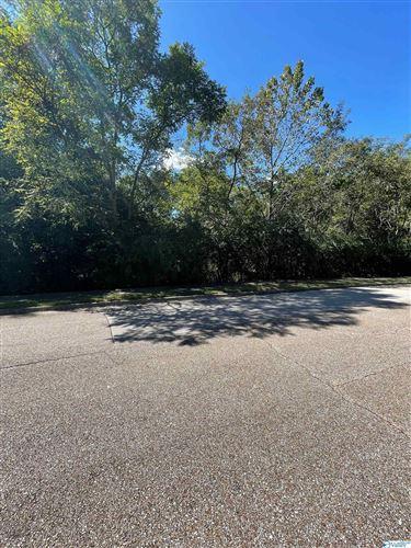 Photo of 2141 Springhouse Road, Huntsville, AL 35801 (MLS # 1790640)