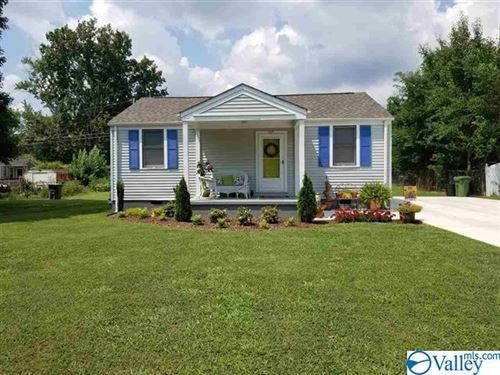 Photo of 2207 Bide A Wee Drive NE, Huntsville, AL 35801 (MLS # 1778703)