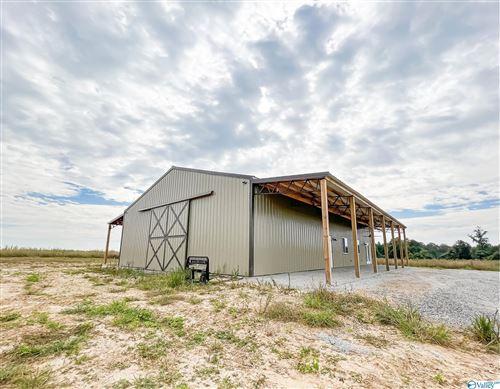 Photo of 2459 County Road 19, Dutton, AL 35774 (MLS # 1782723)