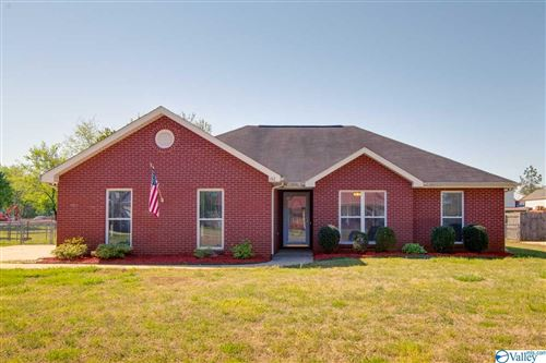 Photo of 132 Lamirda Court, Huntsville, AL 35811 (MLS # 1778739)
