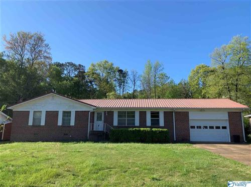 Photo of 110 LARKWOOD CIRCLE, RAINBOW CITY, AL 35906 (MLS # 1140769)