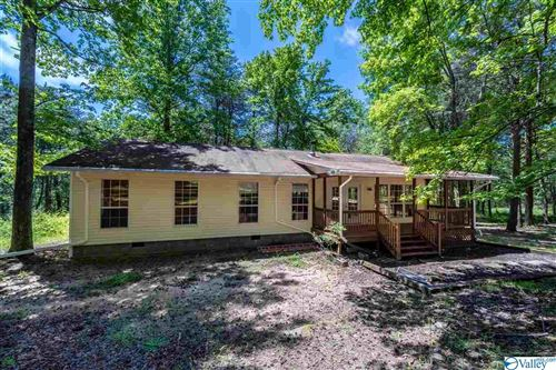 Photo of 1103 Murdock Road, Fort Payne, AL 35967 (MLS # 1778779)