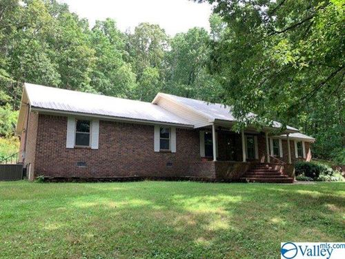 Photo of 1221 COUNTY ROAD 88, FORT PAYNE, AL 35968 (MLS # 1147789)