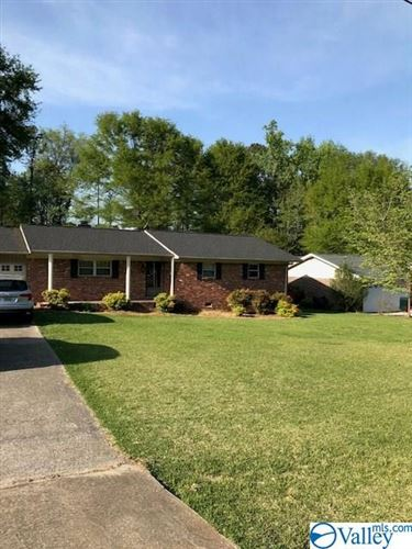 Photo of 107 Larkwood Circle, Rainbow City, AL 35906 (MLS # 1778798)