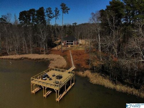 Photo of 2521 LOOKOUT MOUNTAIN DRIVE, SCOTTSBORO, AL 35769 (MLS # 1138804)