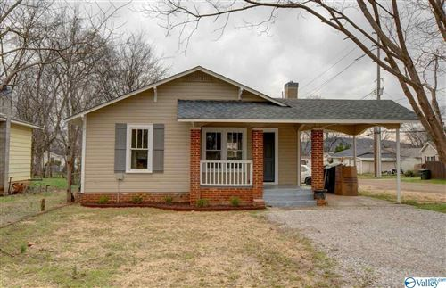 Photo of 1021 MCCULLOUGH AVENUE, HUNTSVILLE, AL 35801 (MLS # 1146807)