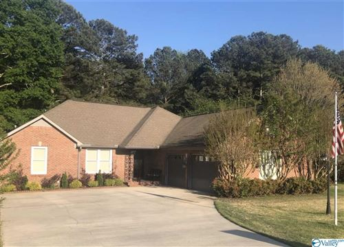 Photo of 202 Bellmeade Street SW, Hartselle, AL 35640 (MLS # 1778820)