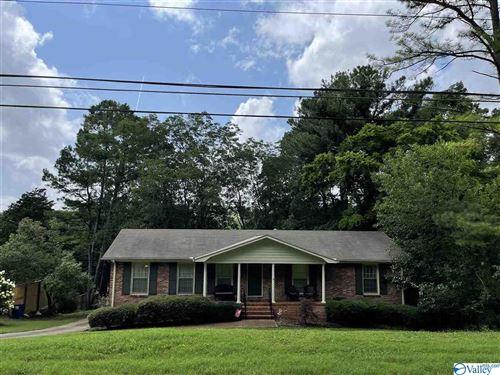 Photo of 702 SE Fagan Springs Drive, Huntsville, AL 35801 (MLS # 1785821)
