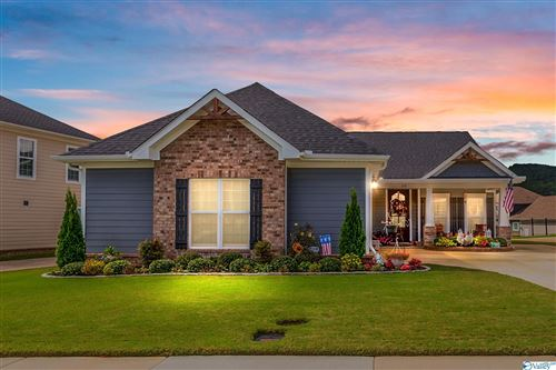 Photo of 19 Notting Hill Place SE, Gurley, AL 35748 (MLS # 1792826)