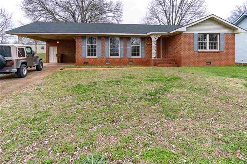 Photo of 843 S COLLEGE STREET, MOULTON, AL 35650 (MLS # 1135891)