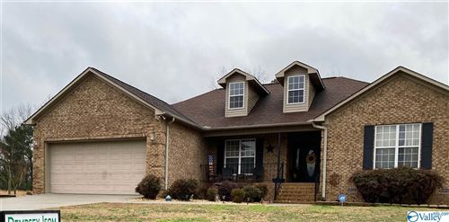 Photo of 1303 LOCUST DRIVE, ARAB, AL 35016 (MLS # 1135894)