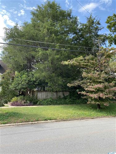Photo of 1010 Clinton Avenue, Huntsville, AL 35801 (MLS # 1790905)