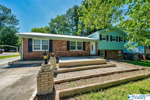 Photo of 3647 MARYMONT DRIVE NW, HUNTSVILLE, AL 35810 (MLS # 1146910)