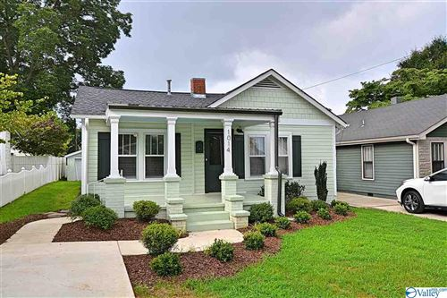 Photo of 1014 MCCULLOUGH AVENUE, HUNTSVILLE, AL 35801 (MLS # 1147914)