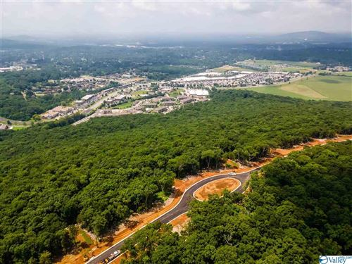 Photo of 3 South Ridge, Huntsville, AL 35802 (MLS # 1786914)